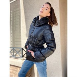 H&M Down Alternative Cinched Quilted Puffer Coat